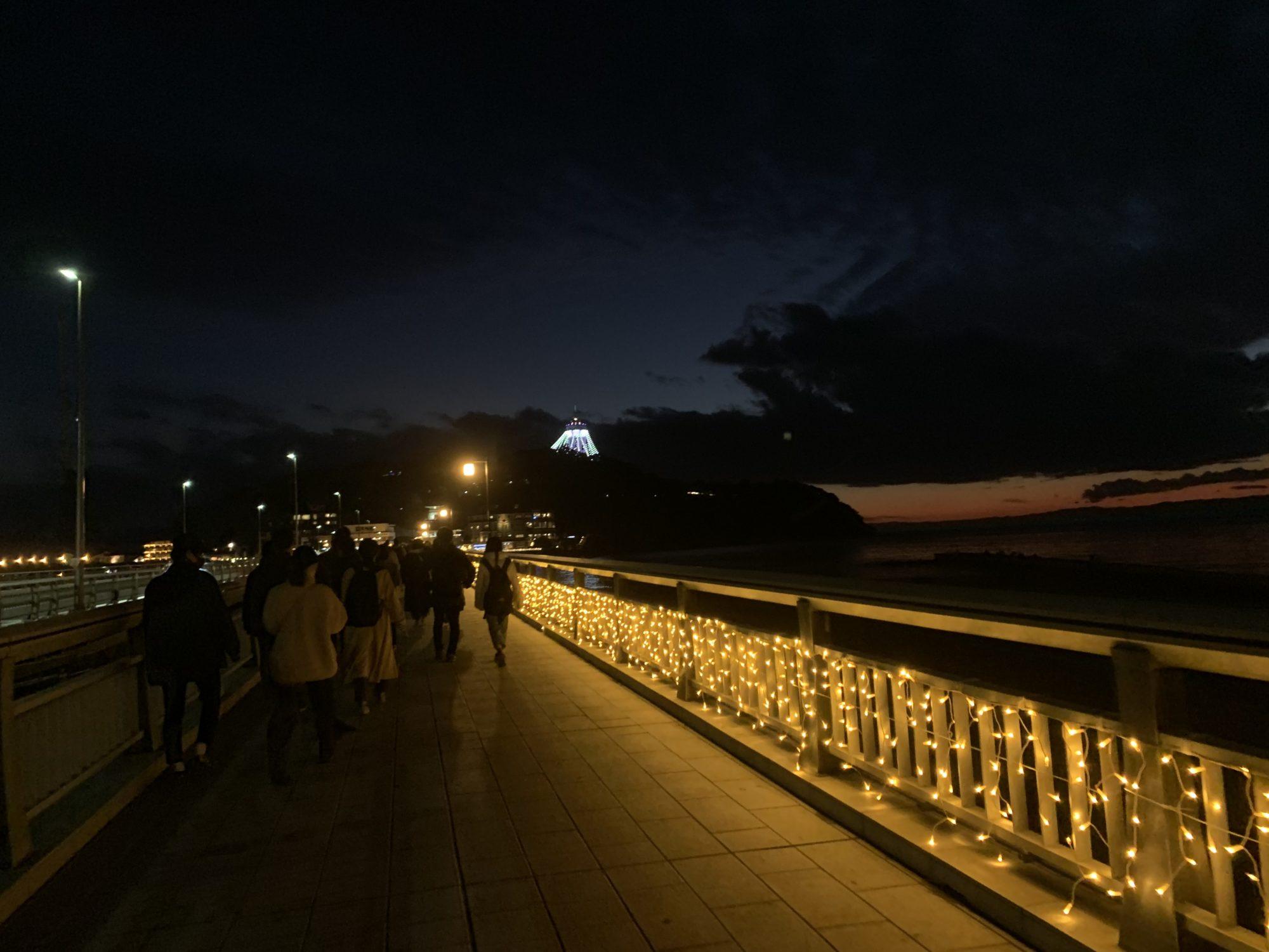 江の島に向かう橋