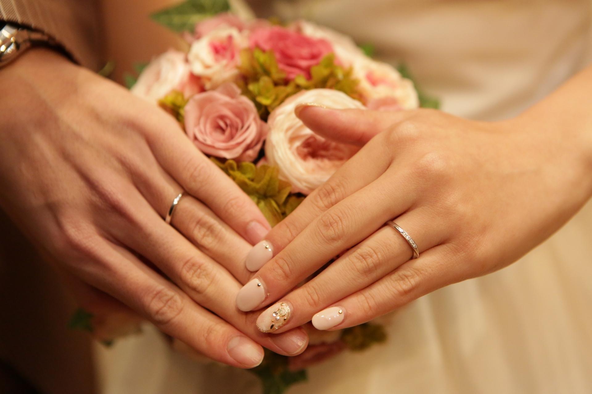 結婚指輪はペアじゃなと後悔する?納得のいく買い物をしよう!