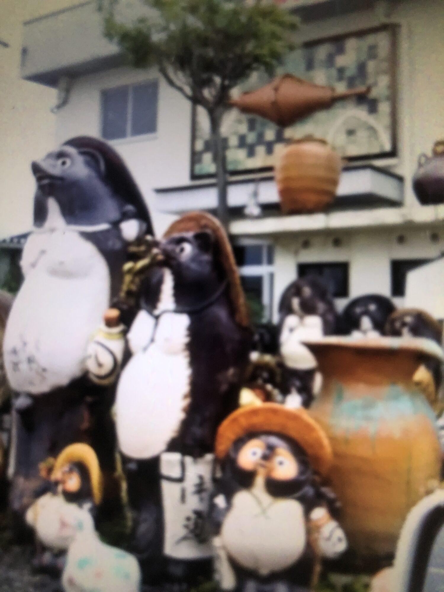 信楽焼の狸店